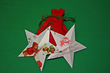 Easy-Christmas-Crafts-Five-Point-Star-Holiday-Red