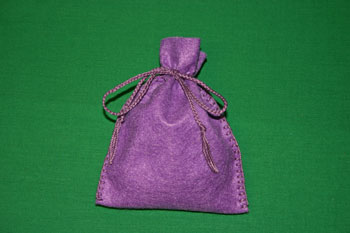 Easy-Felt-Crafts-Keepsake-Gift-Bag-Purple-Passion