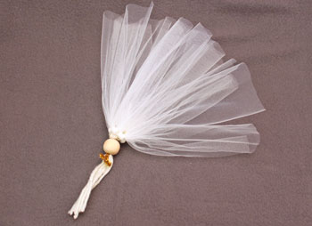 Easy Angel Crafts Tulle Angel step 13 add rest of the tulle