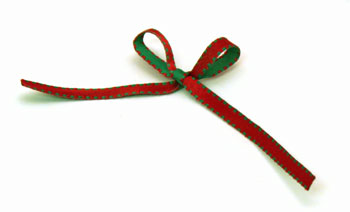 Easy Christmas Crafts Button Wreath Ornament step 13 tie ribbon bow