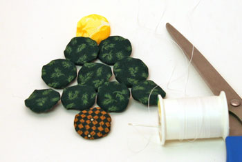 Easy Christmas Crafts Christmas Tree of Craft Yo Yos make all of the yo yos