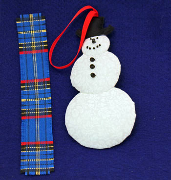 Easy Christmas Crafts Snowman step 21 prepare scarf