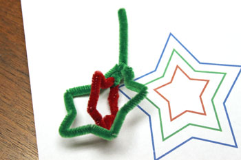 Easy Christmas Crafts Three Stars Chenille Ornament step 11 connect red and green stars