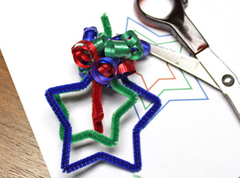 Easy Christmas Crafts Three Stars Chenille Ornament step 14 curl ribbons