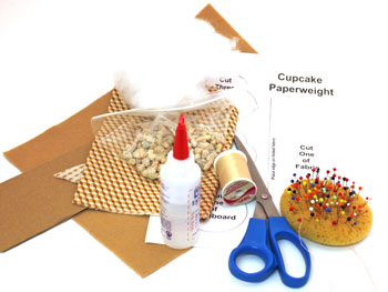 Easy Felt Crafts Cupcake Paperweight materials and tools