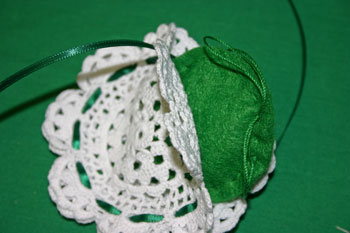 Easy felt crafts doily sachet insert scent pouch