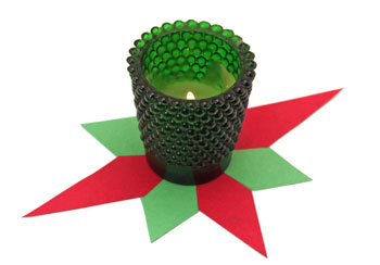 Easy Paper Crafts 8 Point Star red and green star with green candle