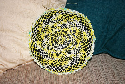 Frugal fun crafts doily pillow finished yellow