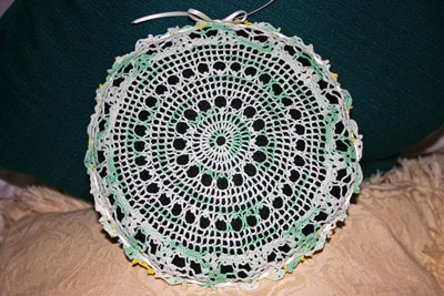 Frugal fun crafts doily pillow finished green side