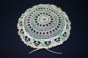 Frugal fun crafts doily pillow tie bow
