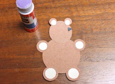 Paper Circles Teddy Bear step 11 add nose