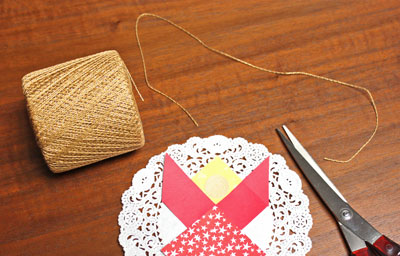 Paper Patchwork Angel step 9 cut yarn