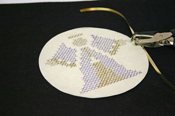 Easy Angel Crafts - Pen-Pencil Cross Stitch Angel tape edges together