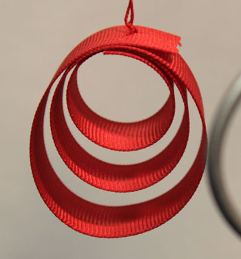 Easy Christmas crafts Ribbon Circles Ornament finished red