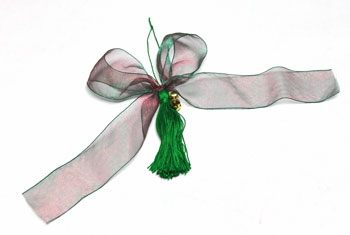 Ribbon and Bell Tassel Ornament step 18 make bow