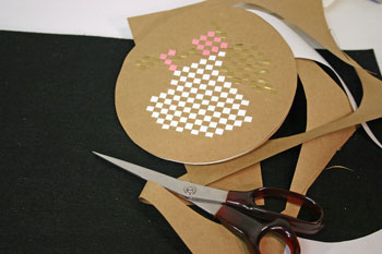 Easy Angel Crafts - Woven Paper Angel cut around circle