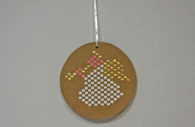 Easy Angel Crafts - Woven Paper Angel hang finished design
