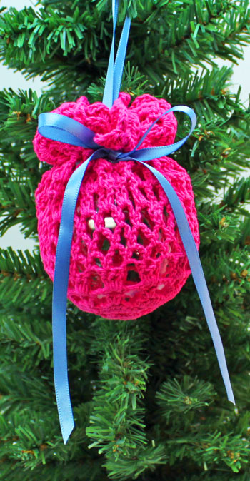 Crocheted Doily Wrapped Ornament step 8 hang to display
