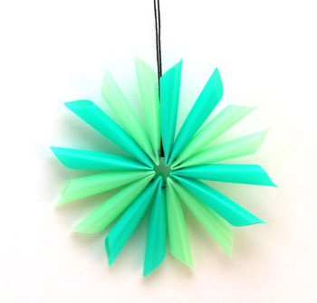 Drinking Straw Star in blue and green on display