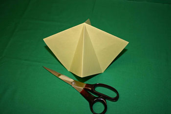 Easy Christmas crafts - folded paper Christmas tree four outer and four inner folds