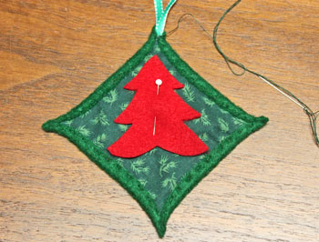 Felt Cathedral Window Ornament step 10 position tree shape