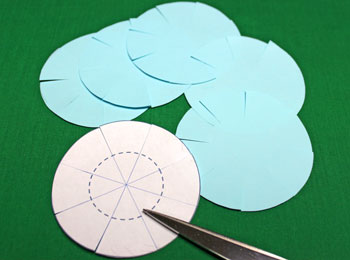 Paper Chrysanthemum Ornament step 6 cut lines on large circles
